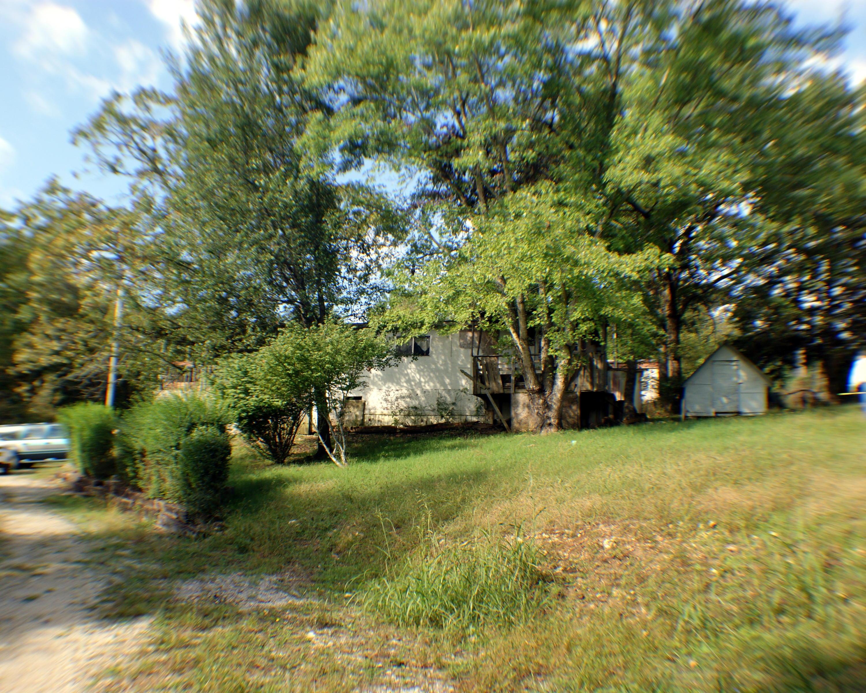 194 Pine Tree Street Hollister, MO 65672