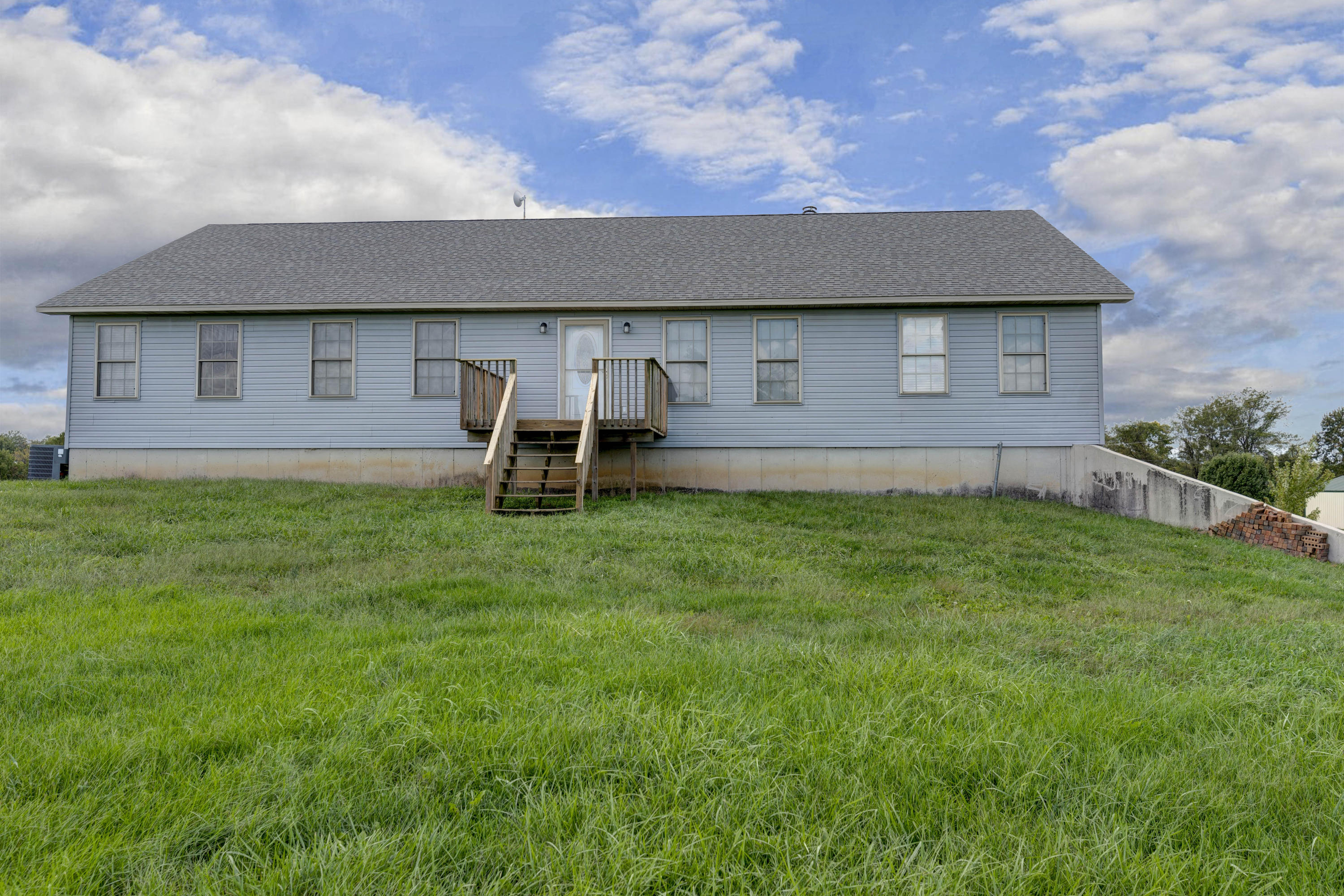 63 Sheridan Road Fair Grove, MO 65648