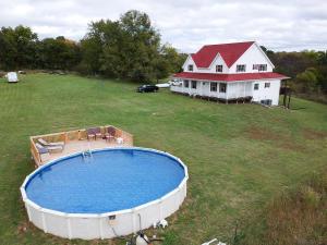 12146 West Farm Rd 18, Walnut Grove, MO 65770