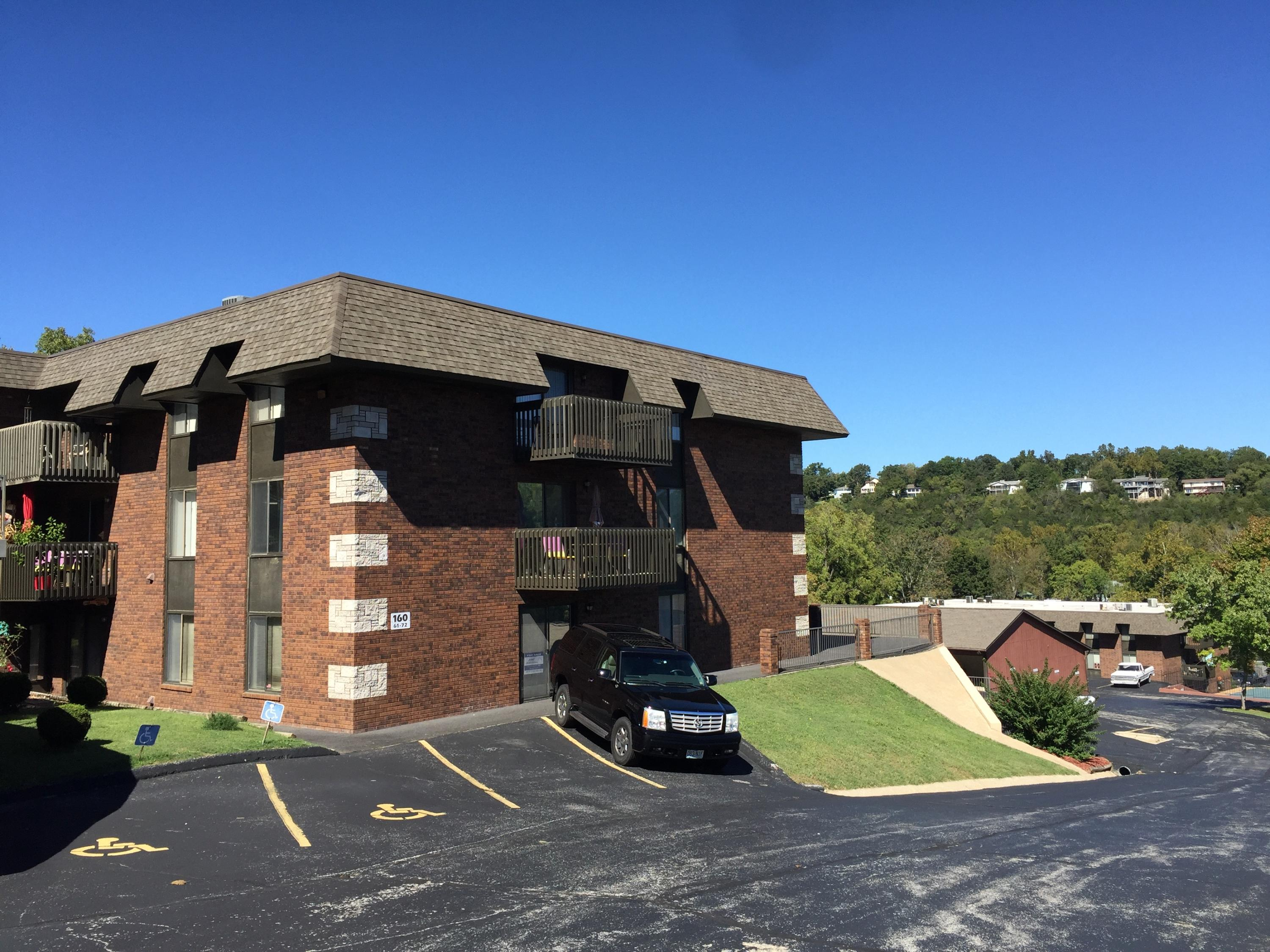 160 Wilshire Drive #63 Hollister, MO 65672