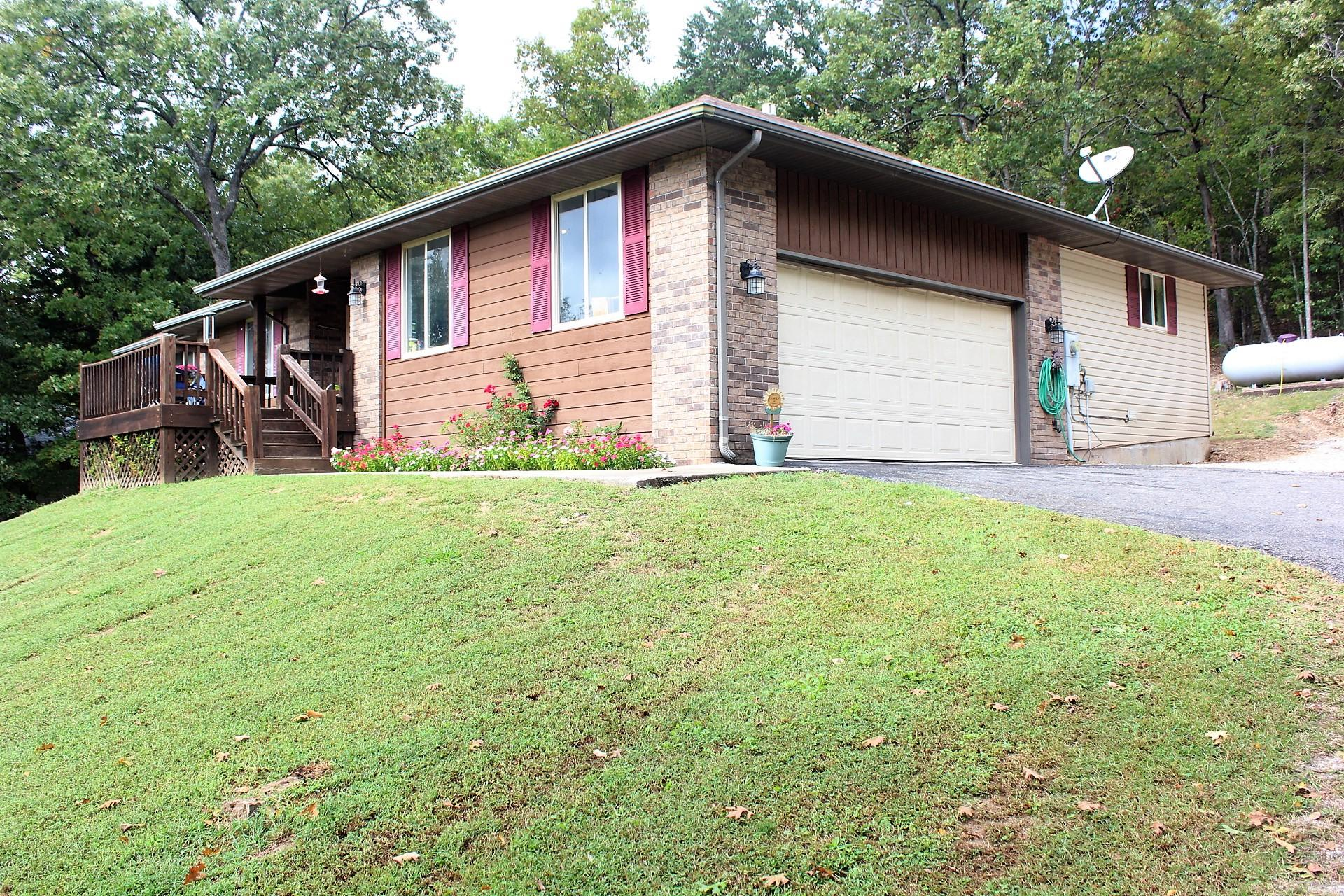 77 Canyon Forest Way Kimberling City, MO 65686