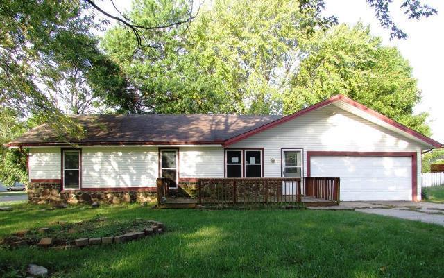 4131 South Ridgecrest Drive Springfield, MO 65807