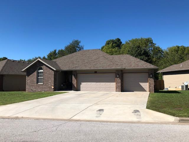 2093 South Fisk Avenue Springfield, MO 65807
