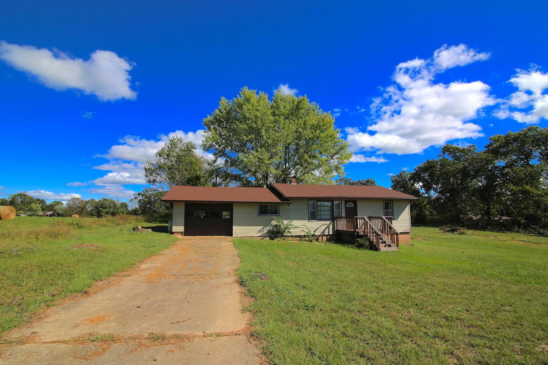 2631 Rural Route 72 Alton, MO 65606