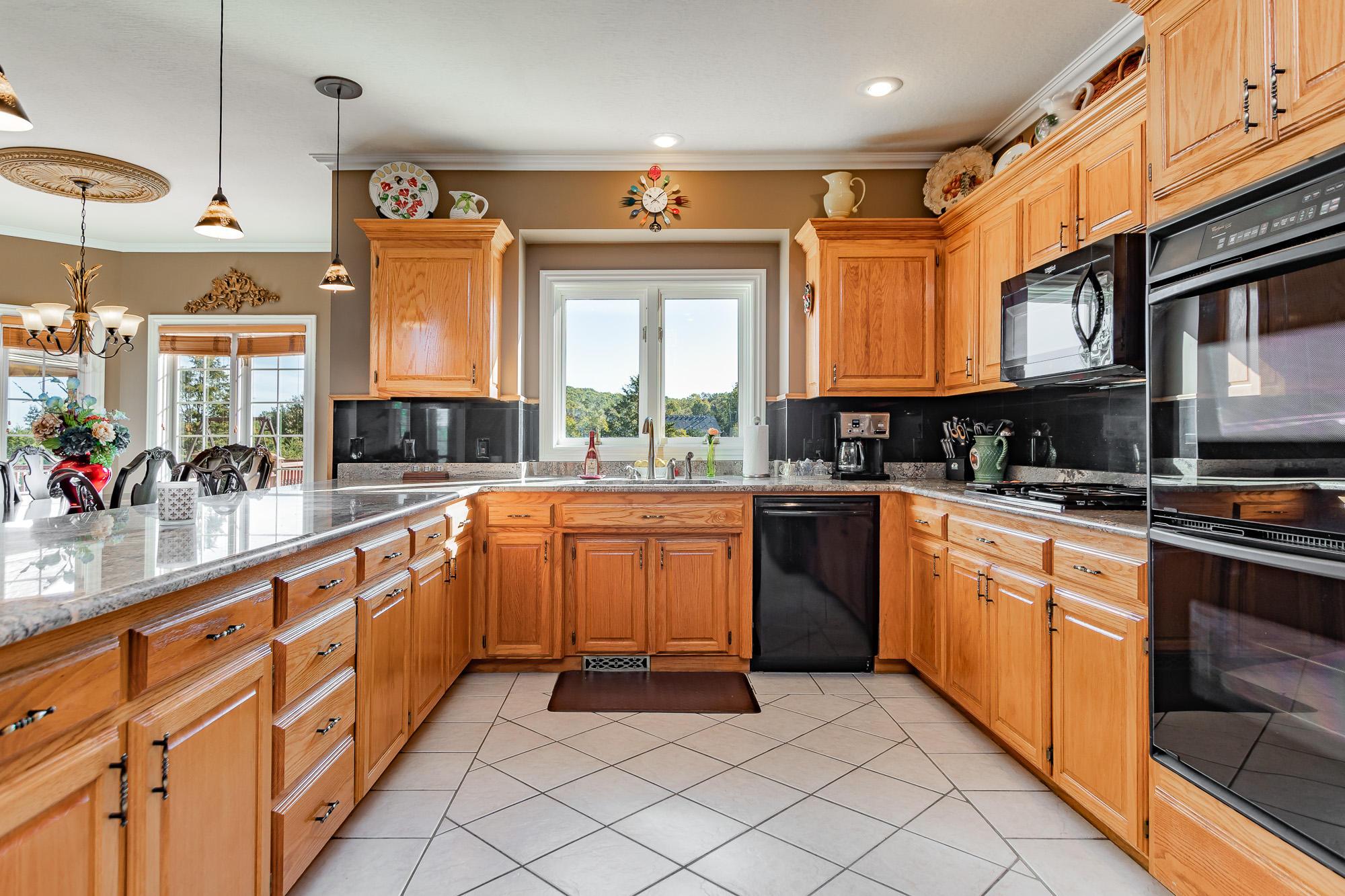 832 South Lloyd Drive Rogersville, MO 65742