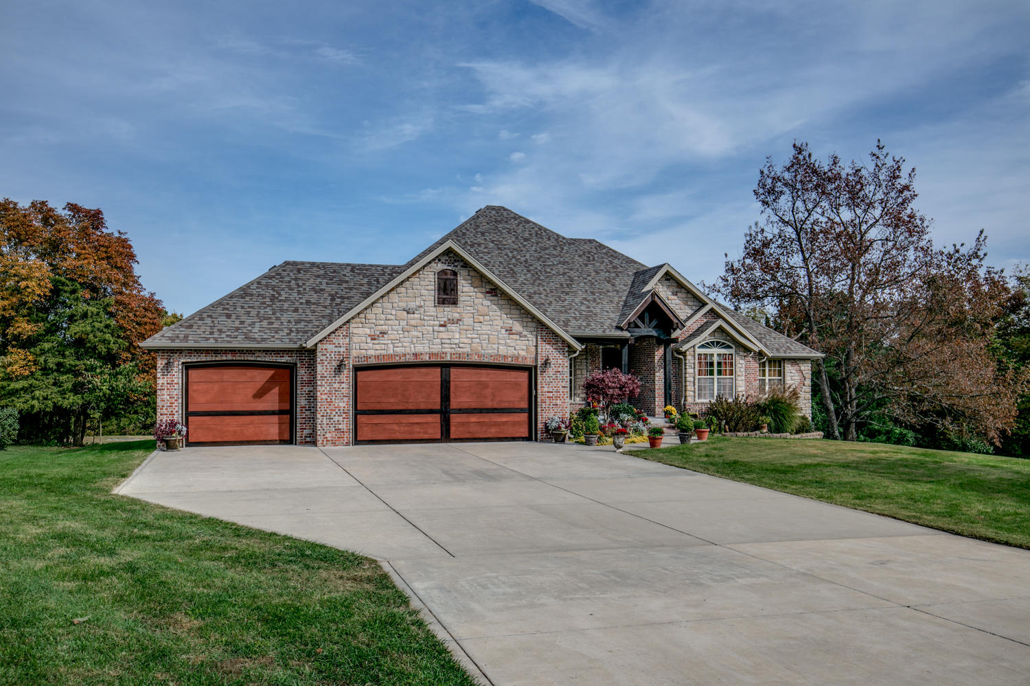 2004 South Hillock Court Ozark, MO 65721