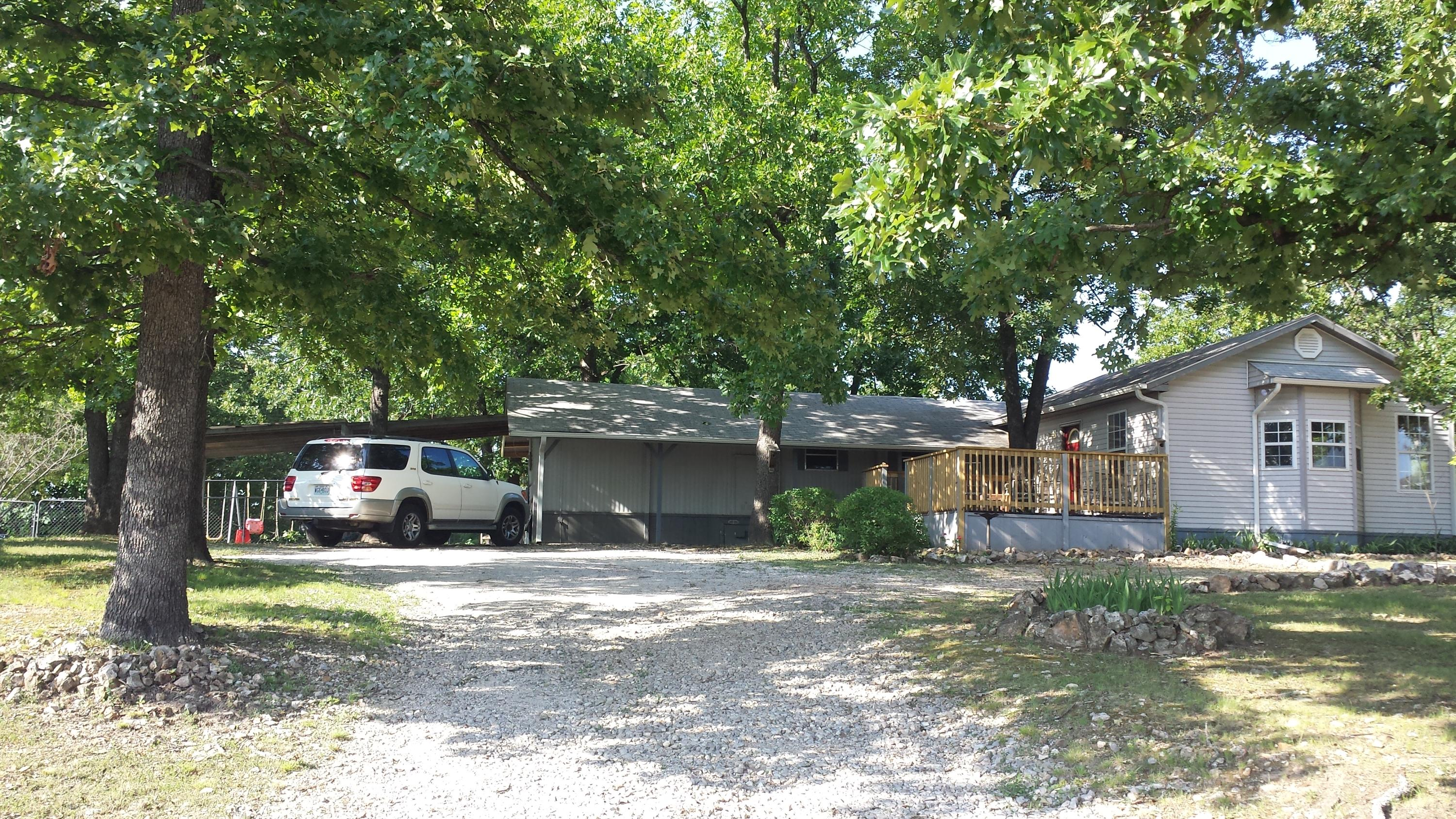 225 Dakota Road Branson, MO 65616