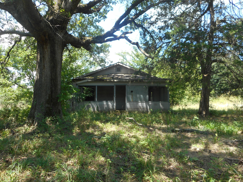 1788 Deer Ln Kirbyville, MO 65679