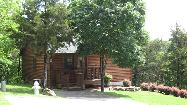 1902 Roark Valley Road Branson, MO 65616