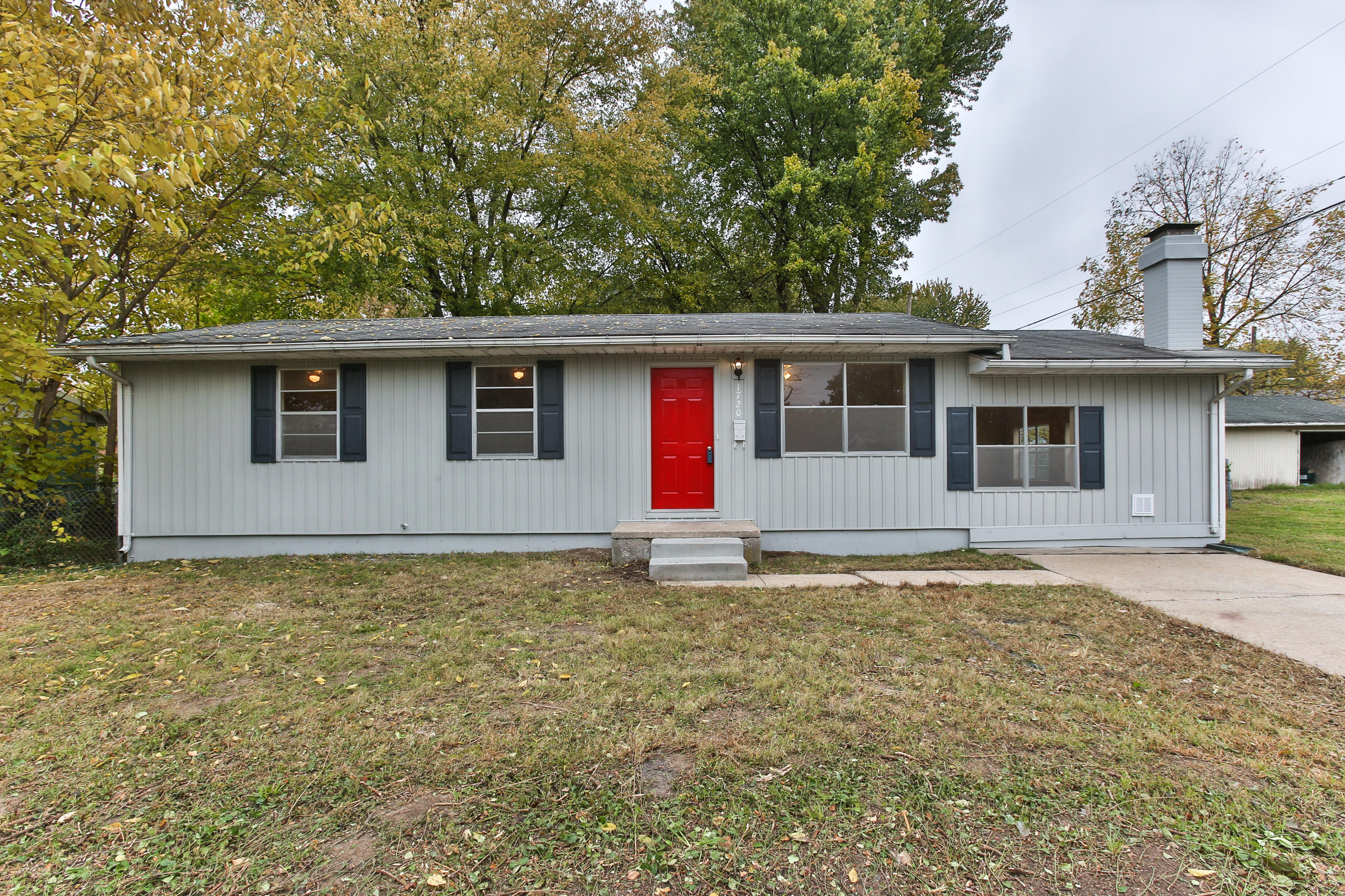 1720 North Oak Grove Avenue Springfield, MO 65803
