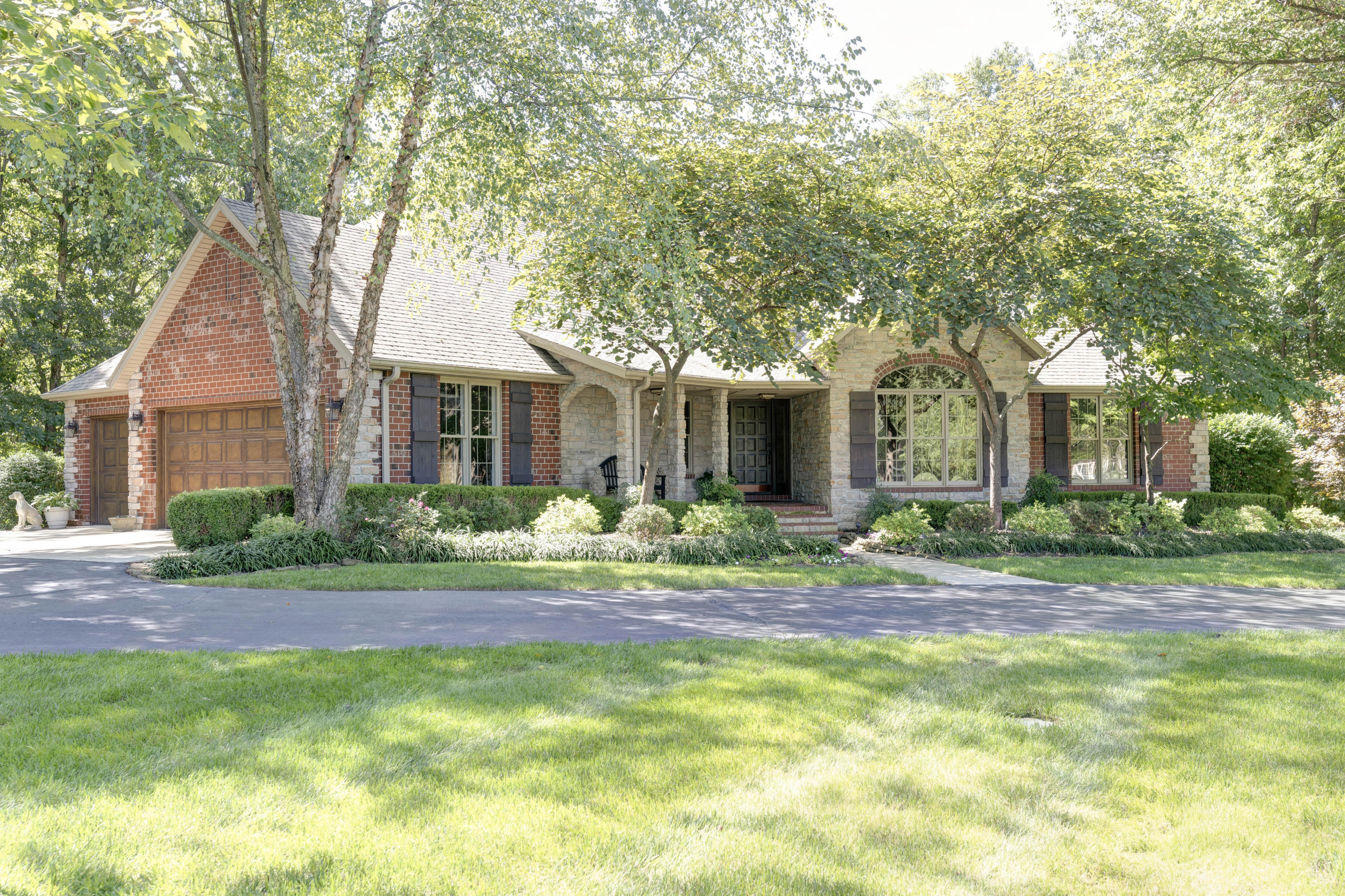 5590 East Timberwood Court Springfield, MO 65809