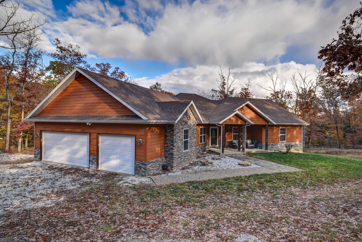 633 East Mountain Drive Bruner, MO 65620
