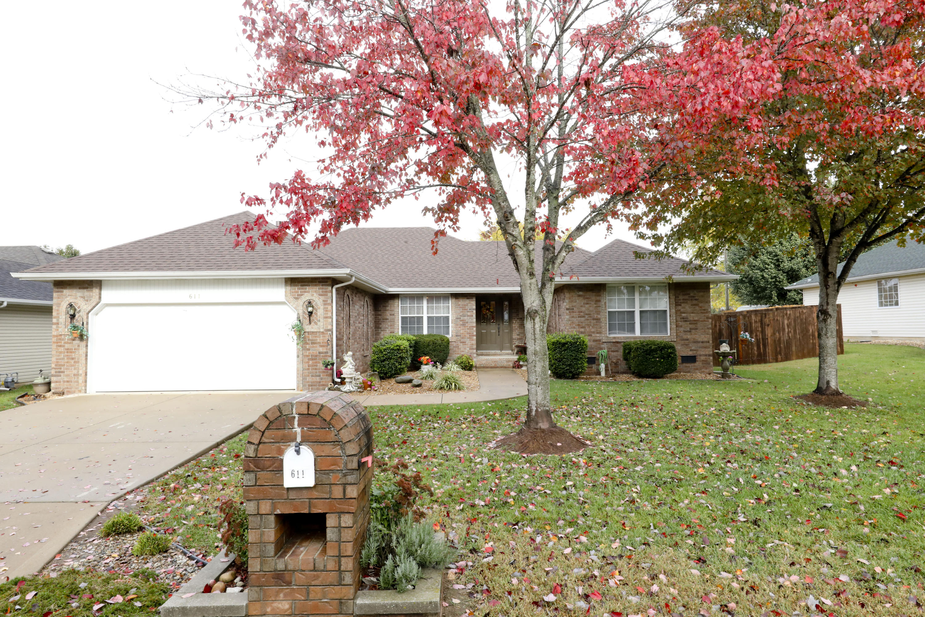 611 West Coventry Street Nixa, MO 65714
