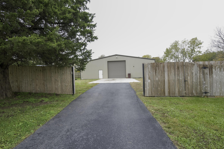 1507 Osburn Lane Nixa, MO 65714