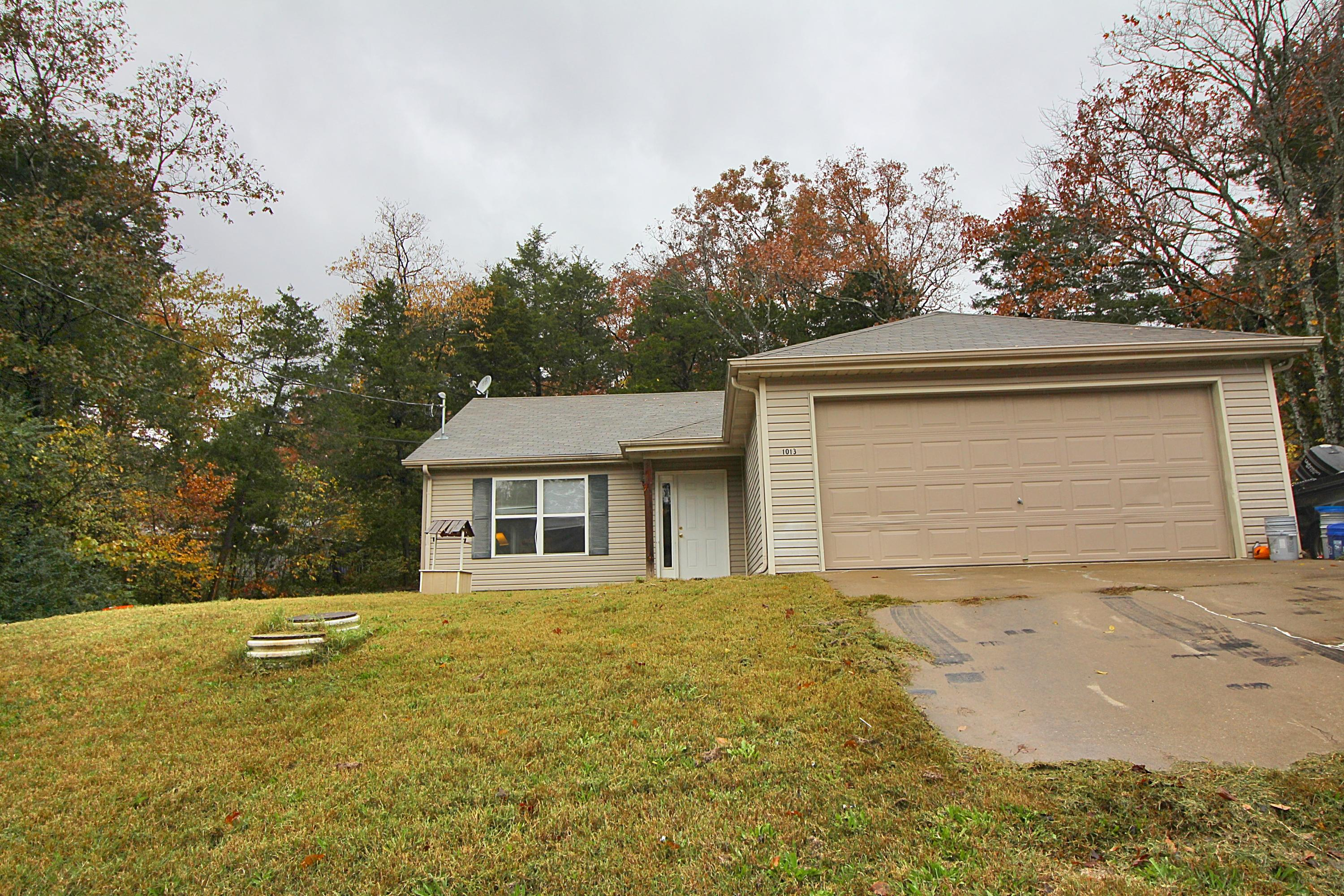 1013 Creekwood Road Merriam Woods, MO 65740