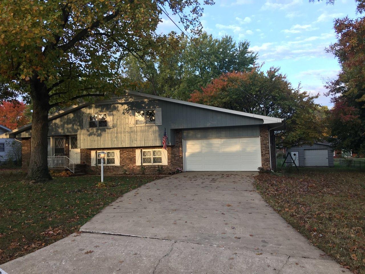 3319 North Delaware Avenue Springfield, MO 65803