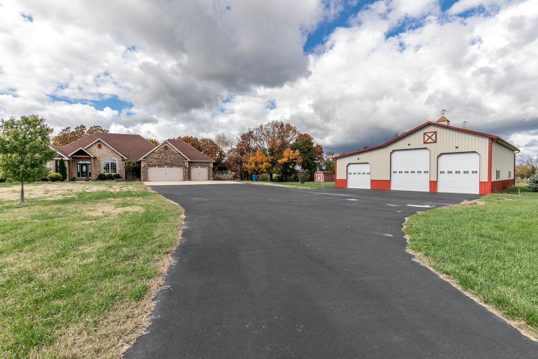 4121 North Farm Road Willard, MO 65781