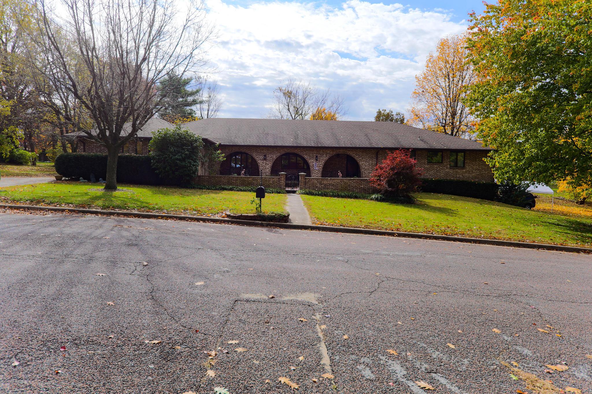301 South Cedarbrook Monett, MO 65708