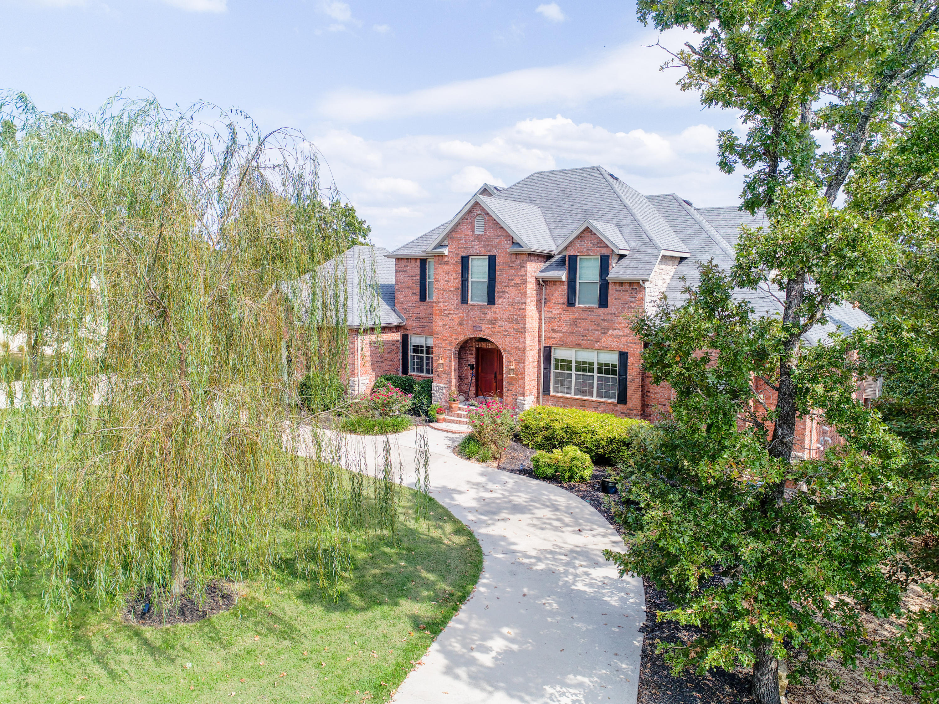 671 Meadow Lane Branson, MO 65616