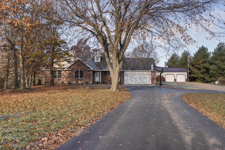 5321 South Deer Meadow Lane Republic, MO 65738