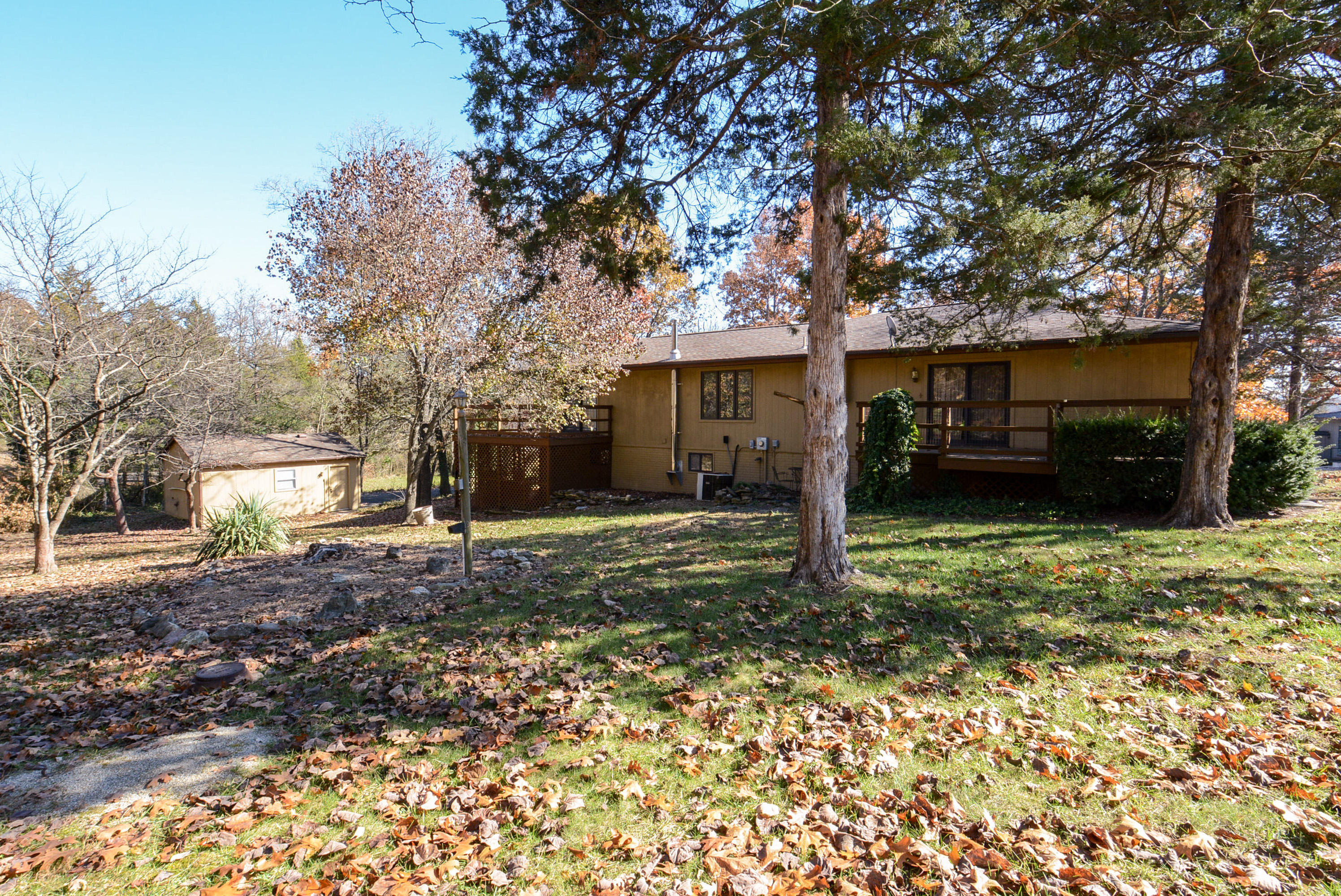 102 Lakeshore Drive Kimberling City, MO 65686