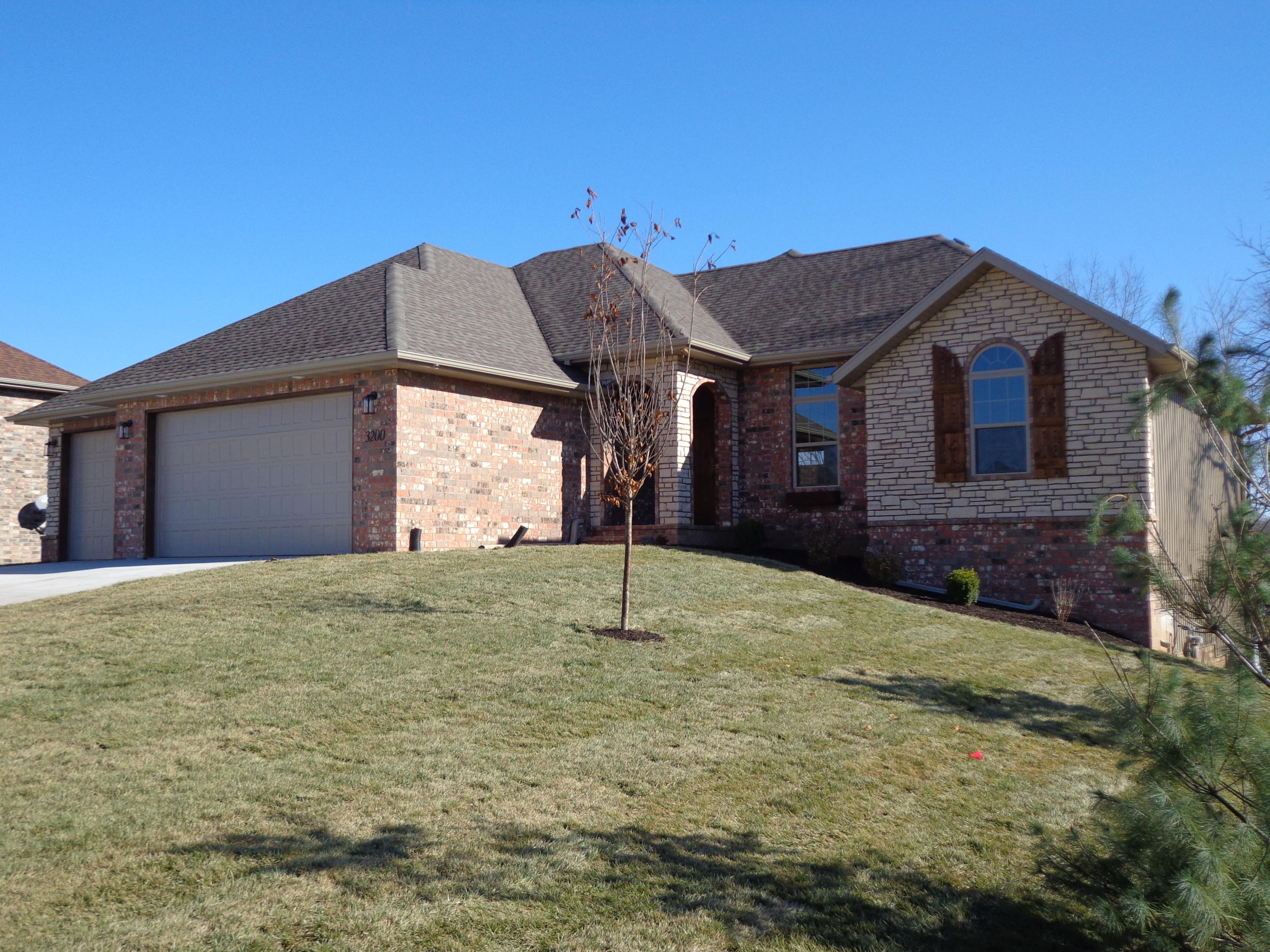 3200 North Marlin Drive Ozark, MO 65721
