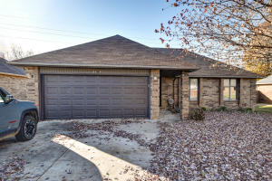 2149 South Ferguson Avenue, Springfield, MO 65807
