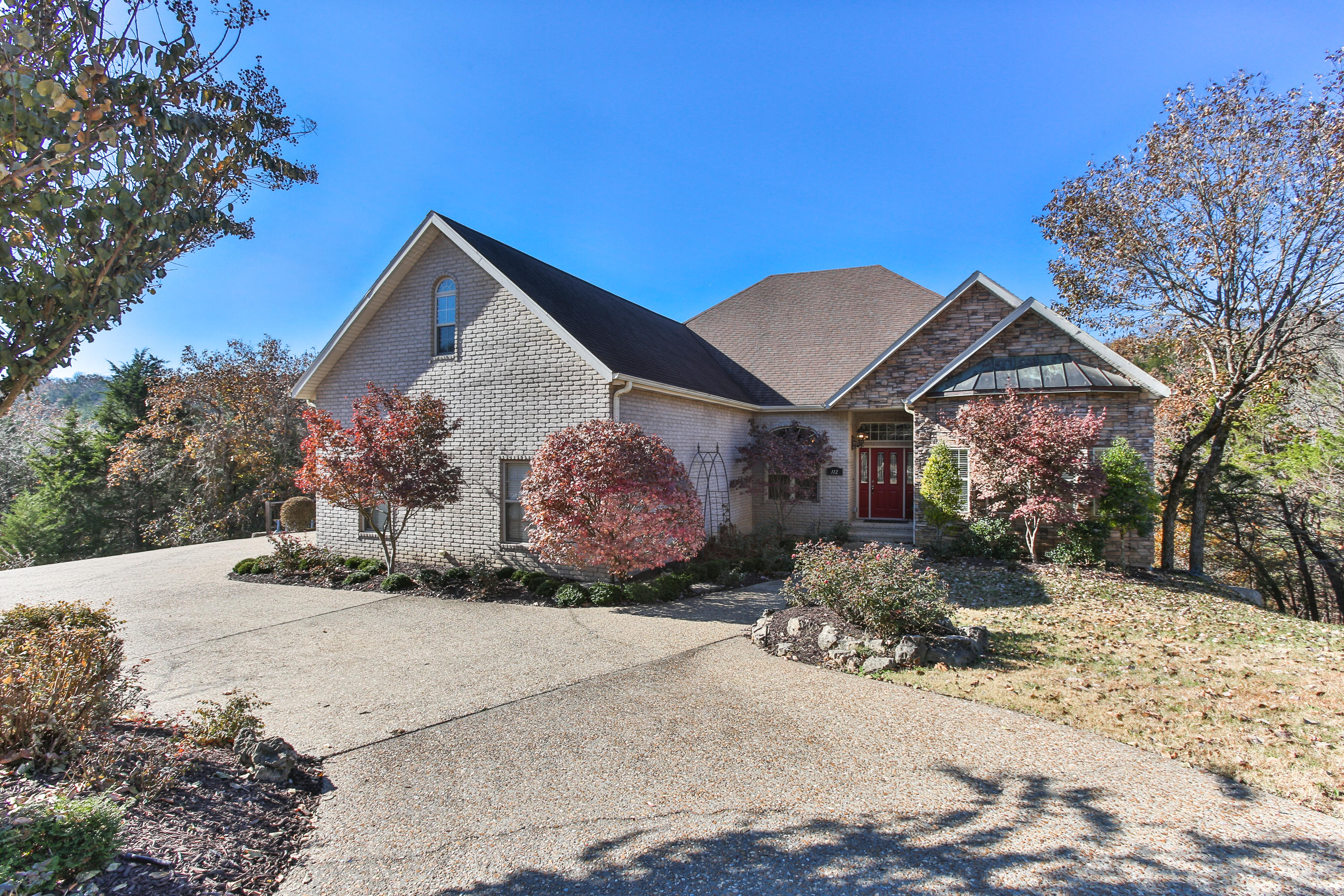 112 Summerwood Drive Branson, MO 65616