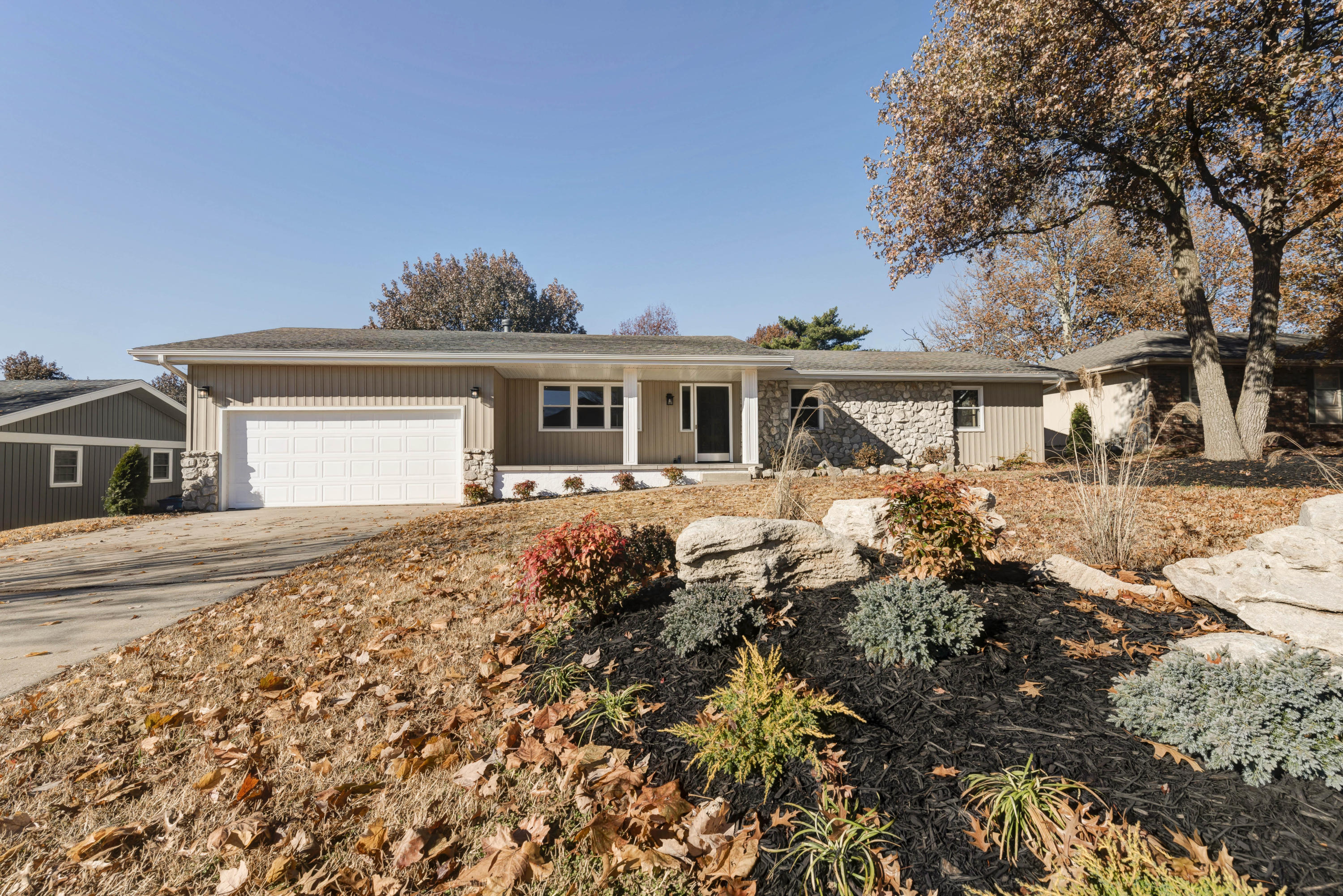 2841 South Claremont Avenue Springfield, MO 65804