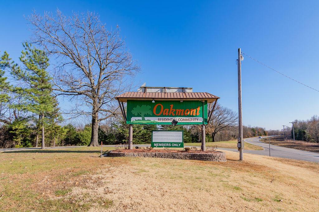 276 Oakview Dr Ridgedale, MO 65739