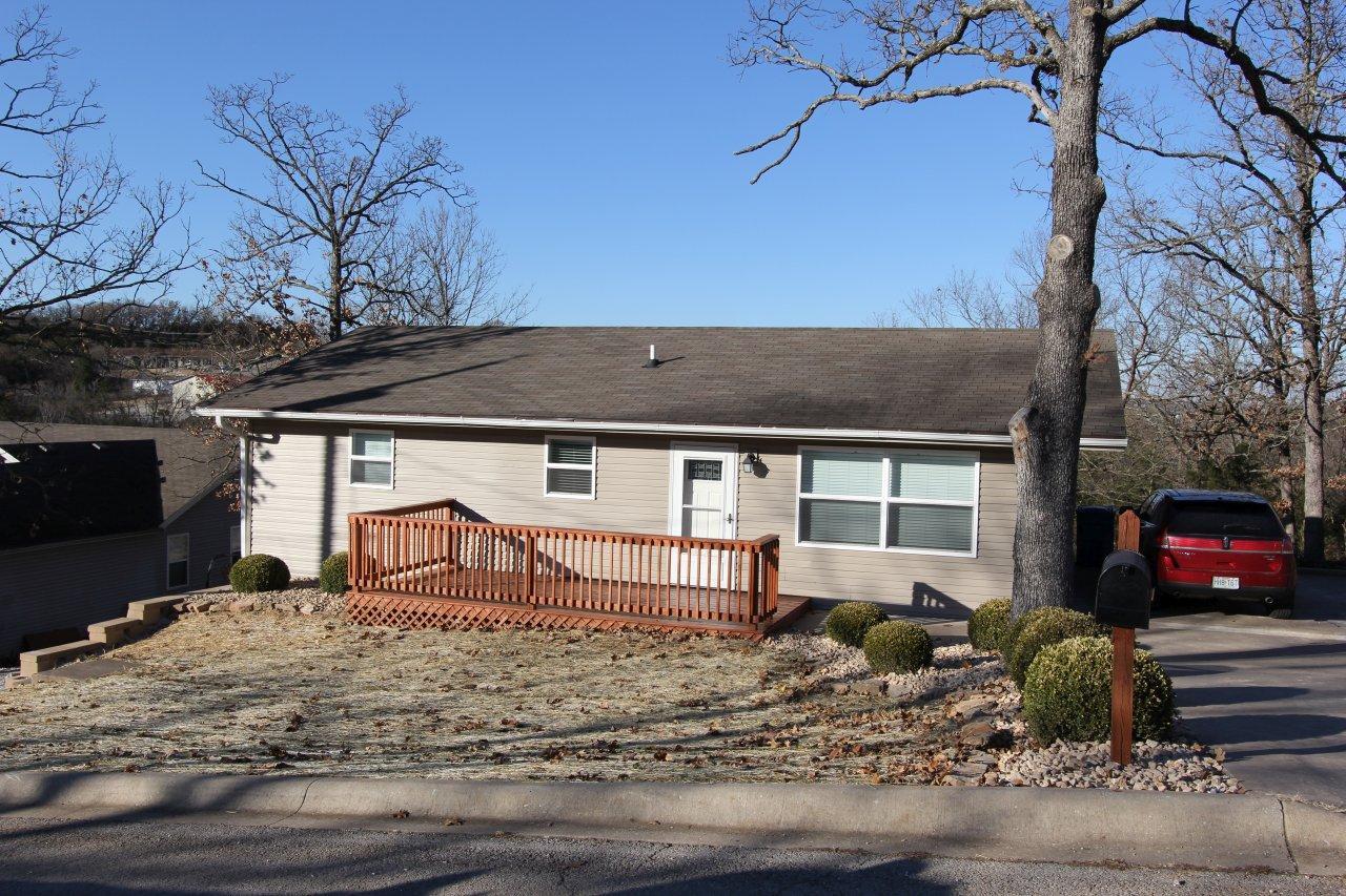 159 Scott Street Hollister, MO 65672