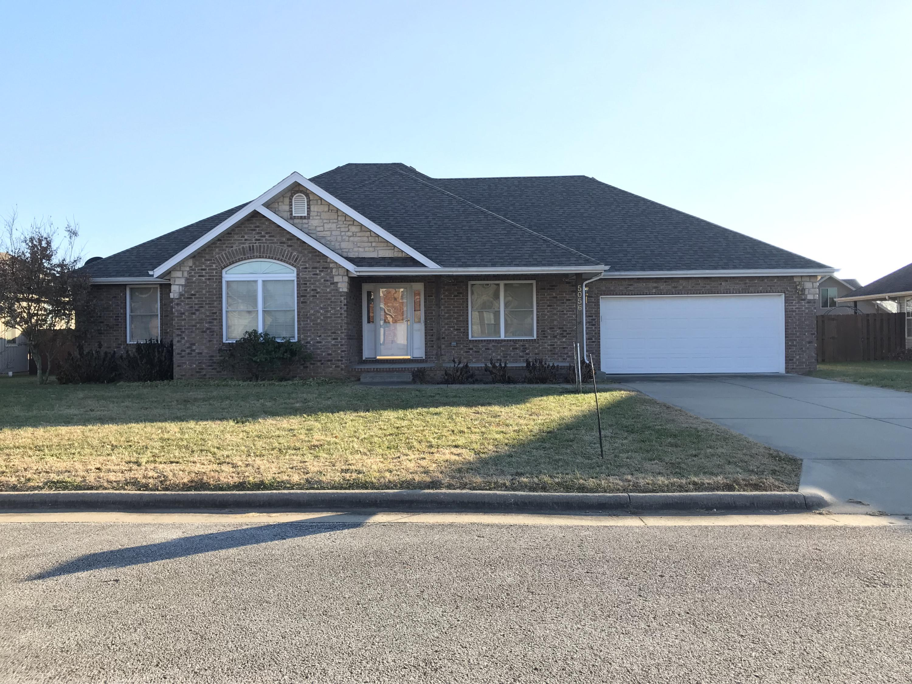 5056 West Mary Todd Lane Battlefield, MO 65619