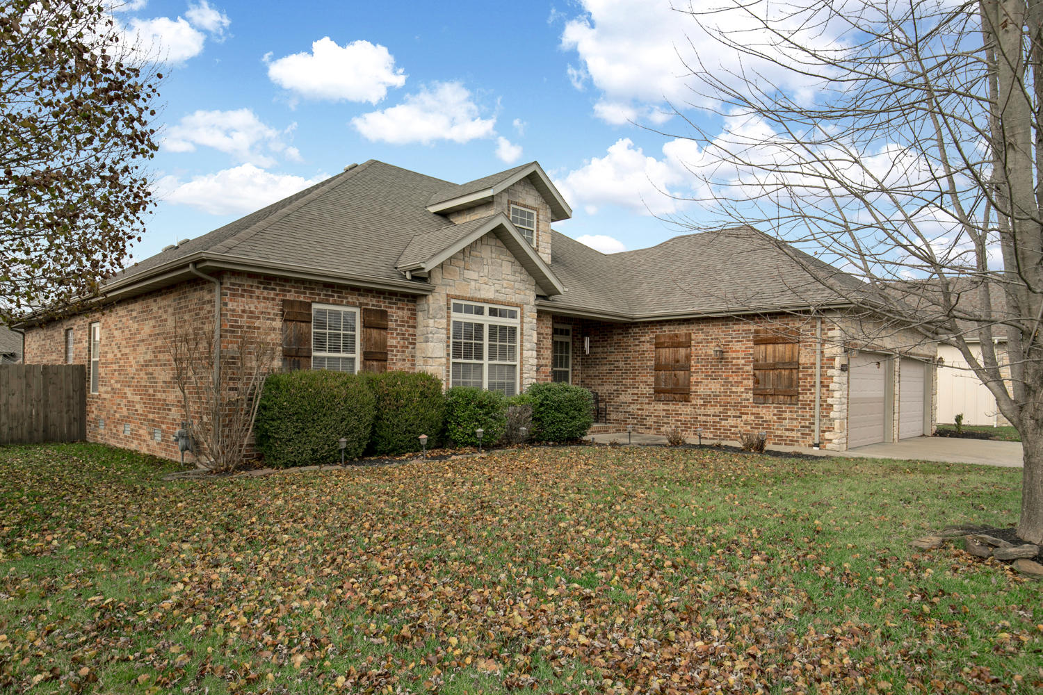5619 North 11TH Avenue Ozark, MO 65721
