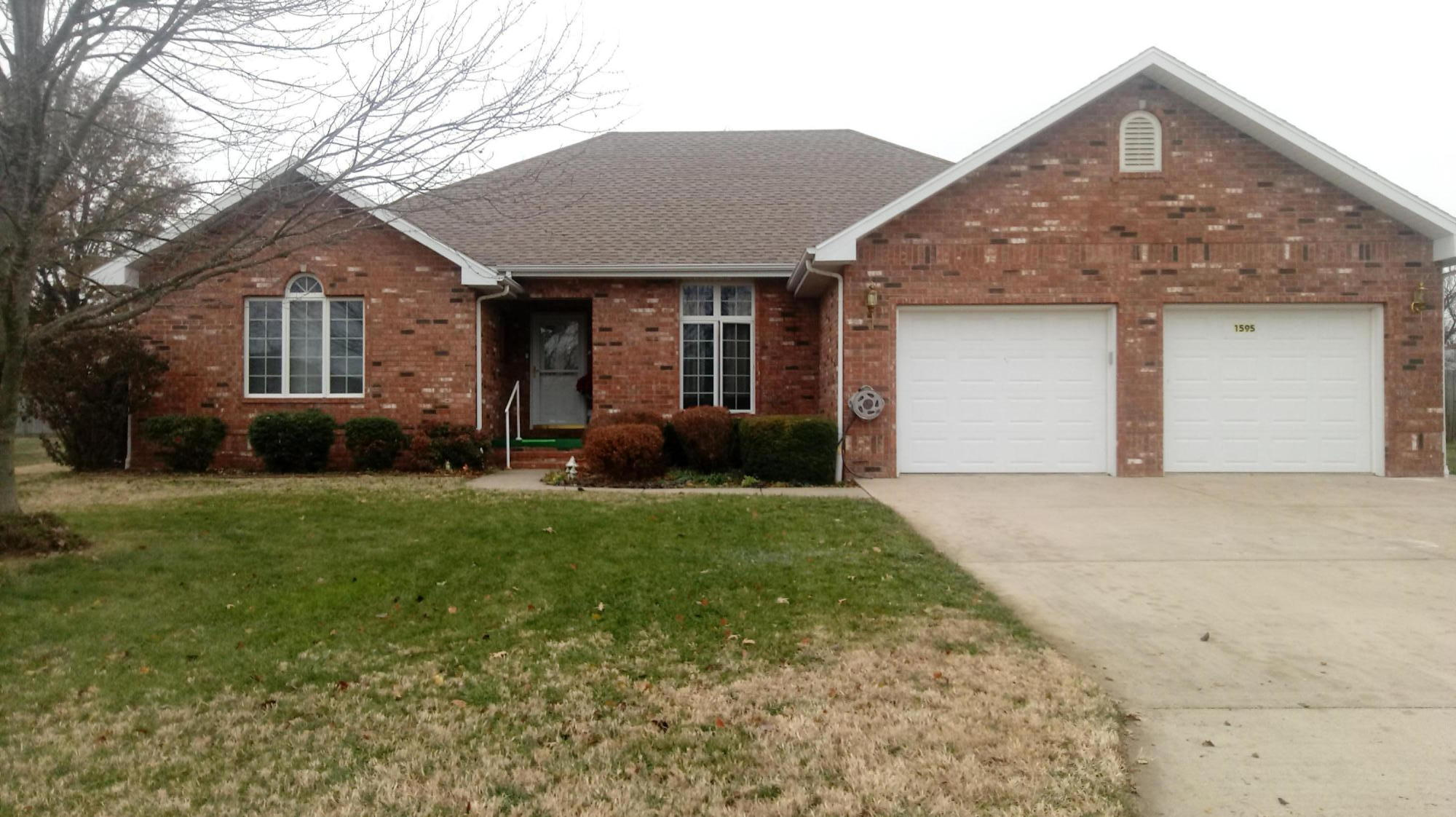 1595 South Meadow Lane Bolivar, MO 65613