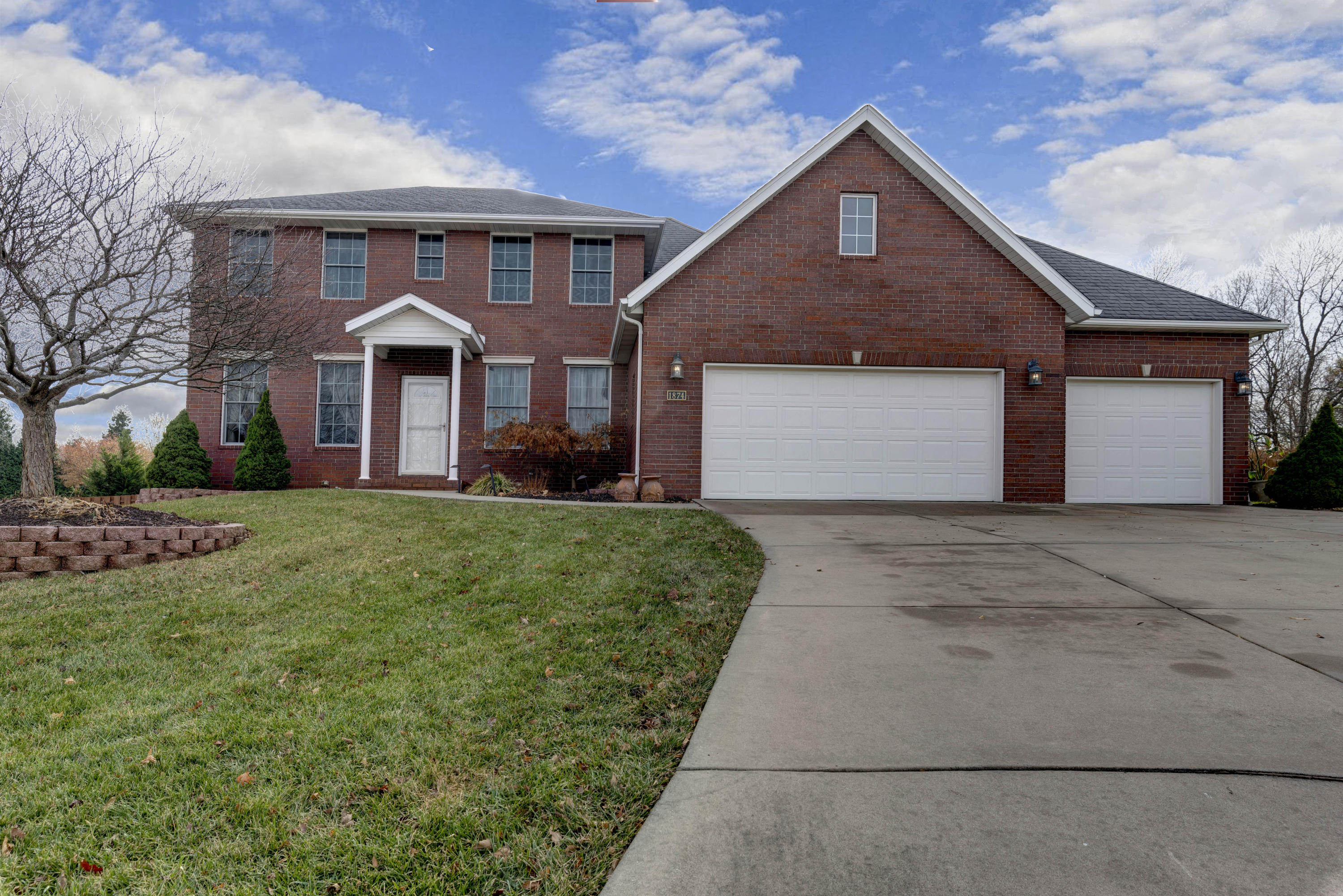 1874 North Alders Court Springfield, MO 65802