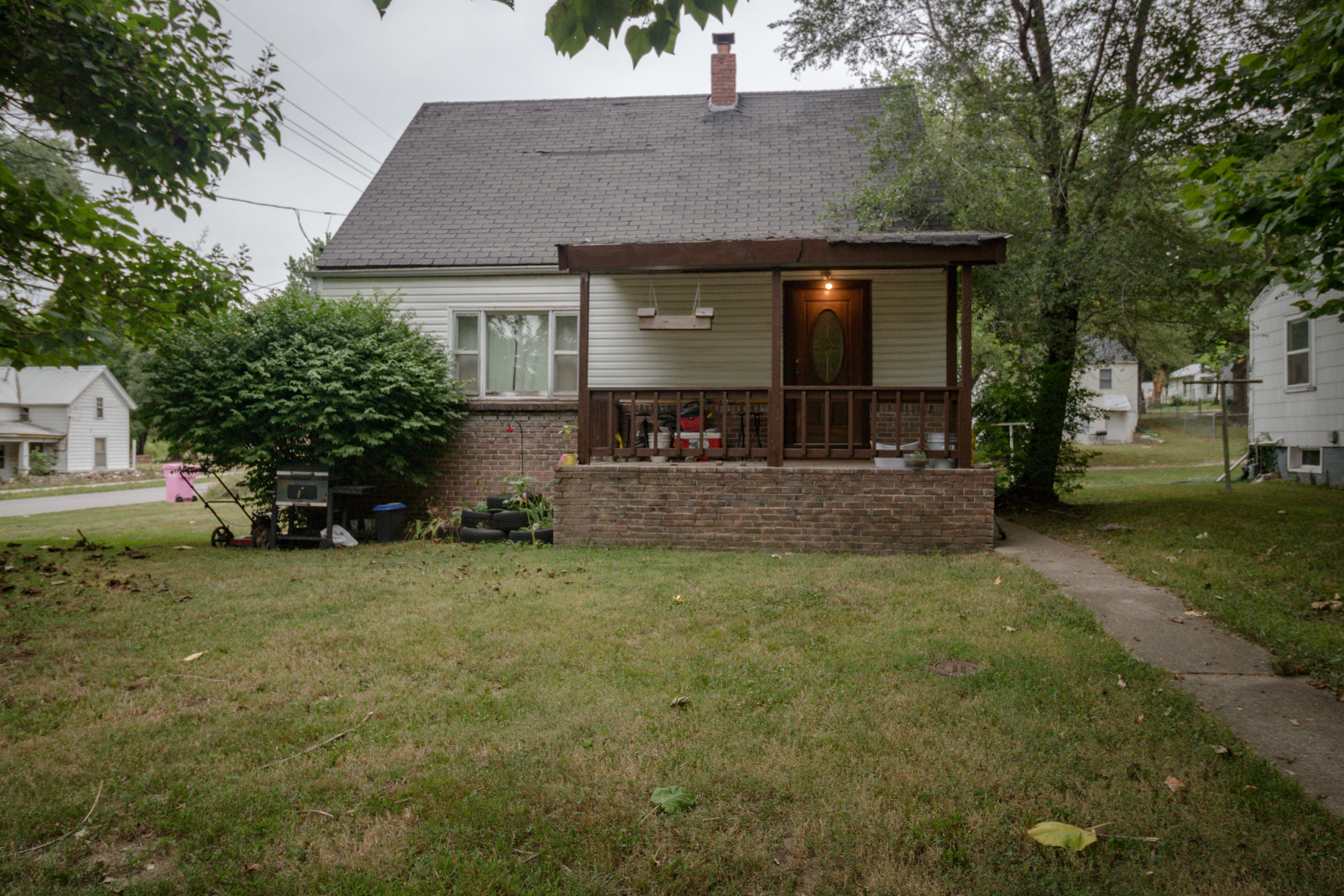 701 East Boyer Street Springfield, MO 65803