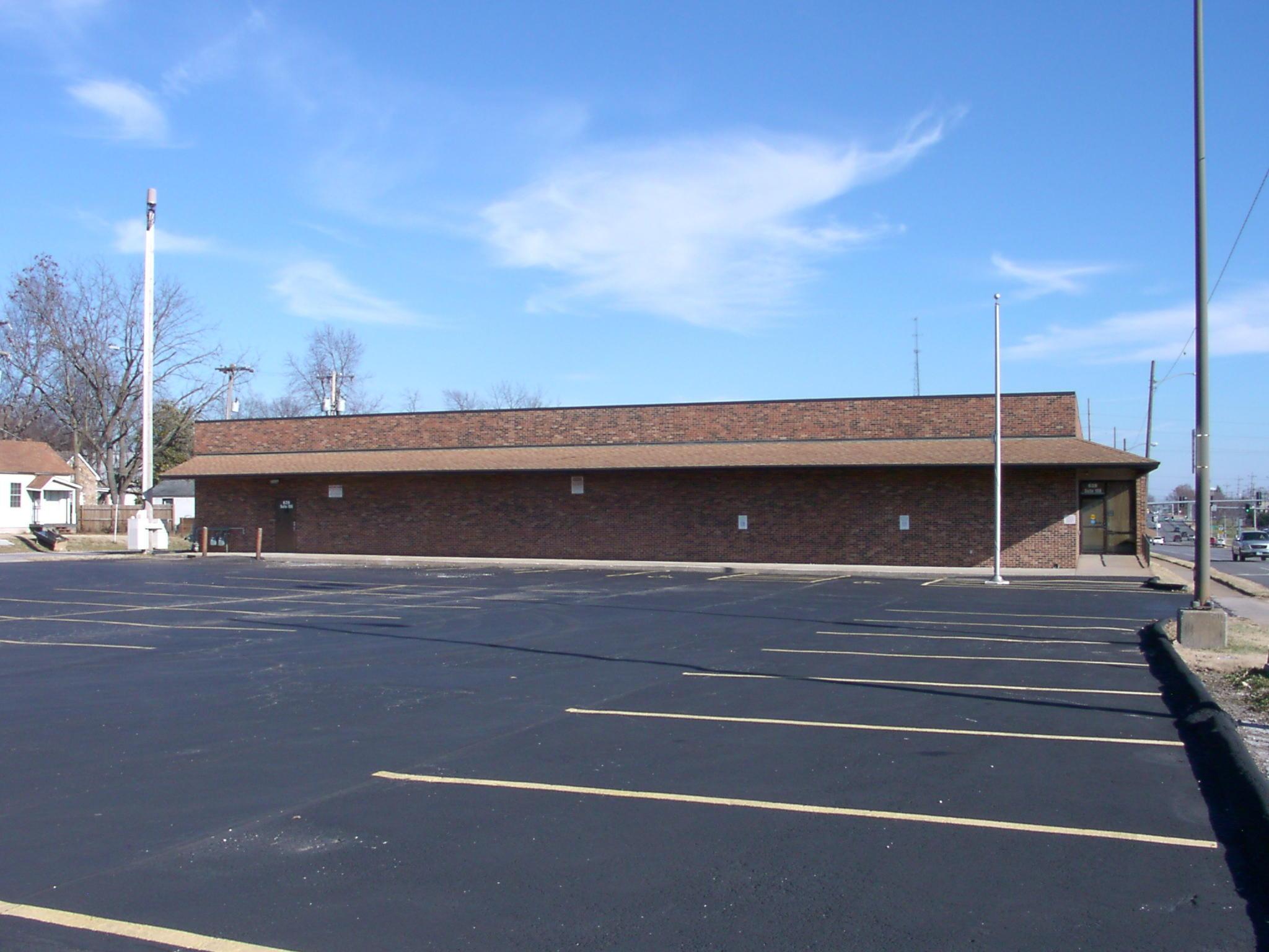 639 West Chestnut Expressway #108 Springfield, MO 65802