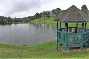 31 Golfshores Drive, 2