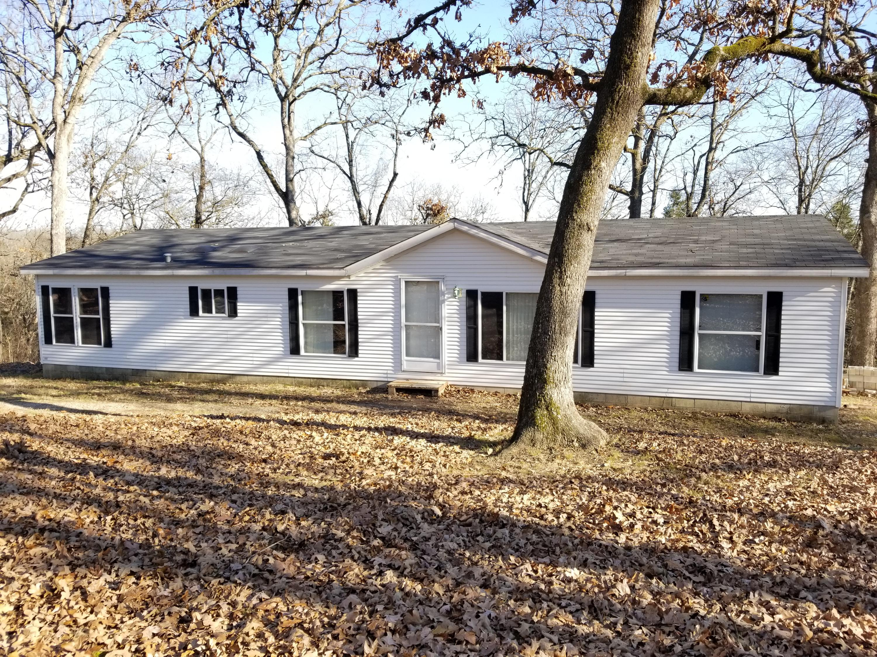 593 Powell Road Kirbyville, MO 65679