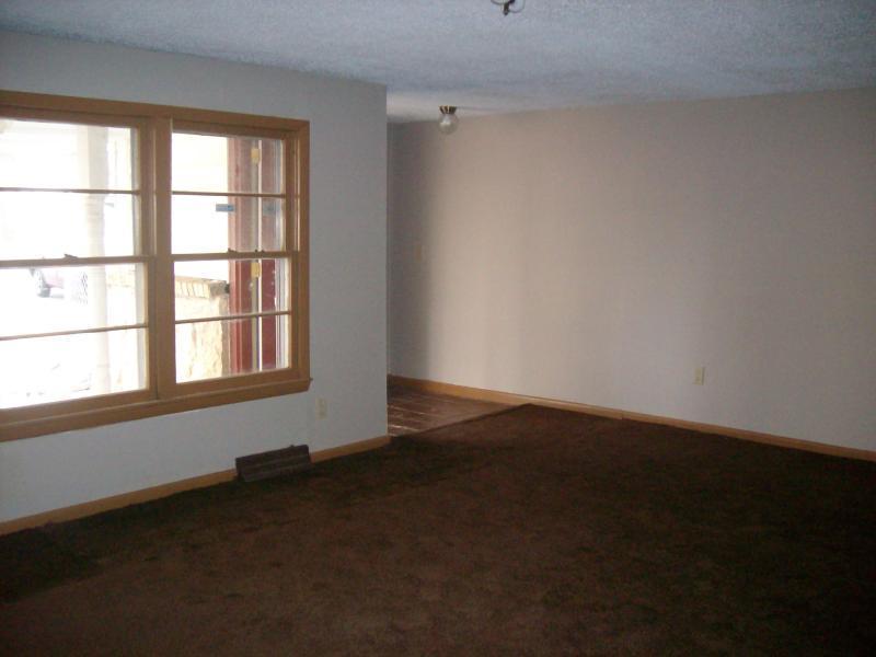 3254 West Lombard Street Springfield, MO 65802