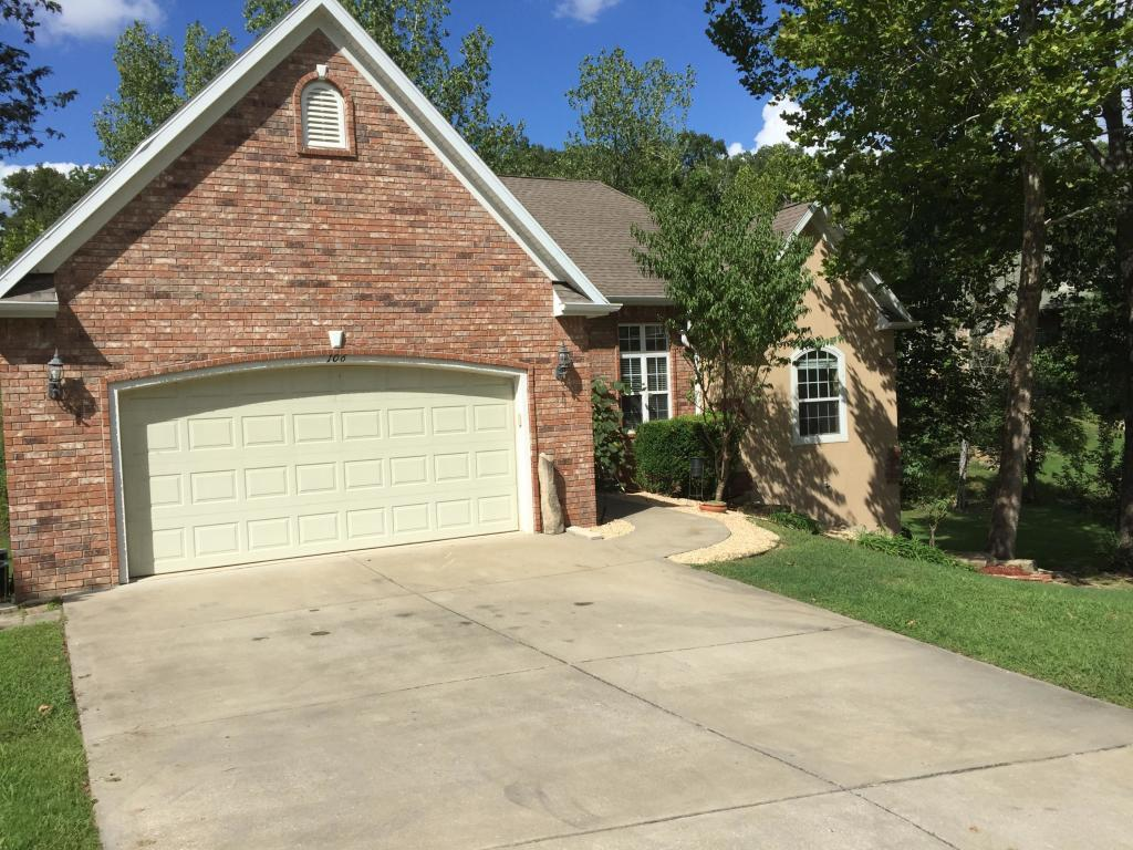 106 Briarcliff Rd. Road Branson, MO 65616