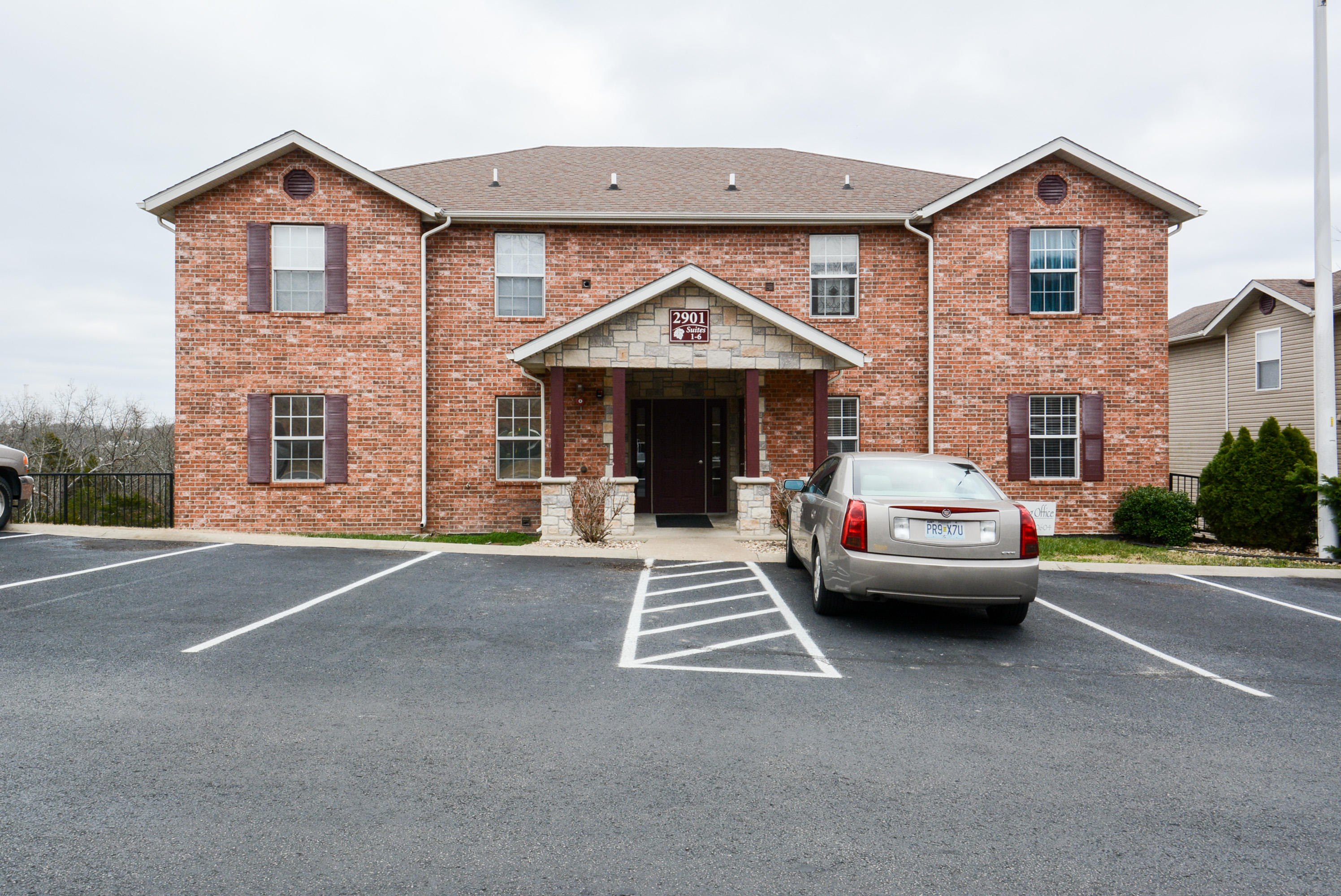 2906 Vineyards Parkway #4 Branson, MO 65616