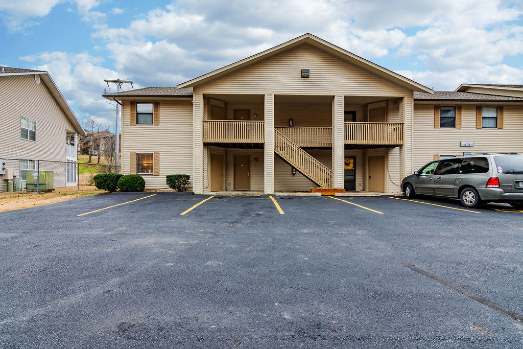 320 Turnberry Drive #1 Branson, MO 65616