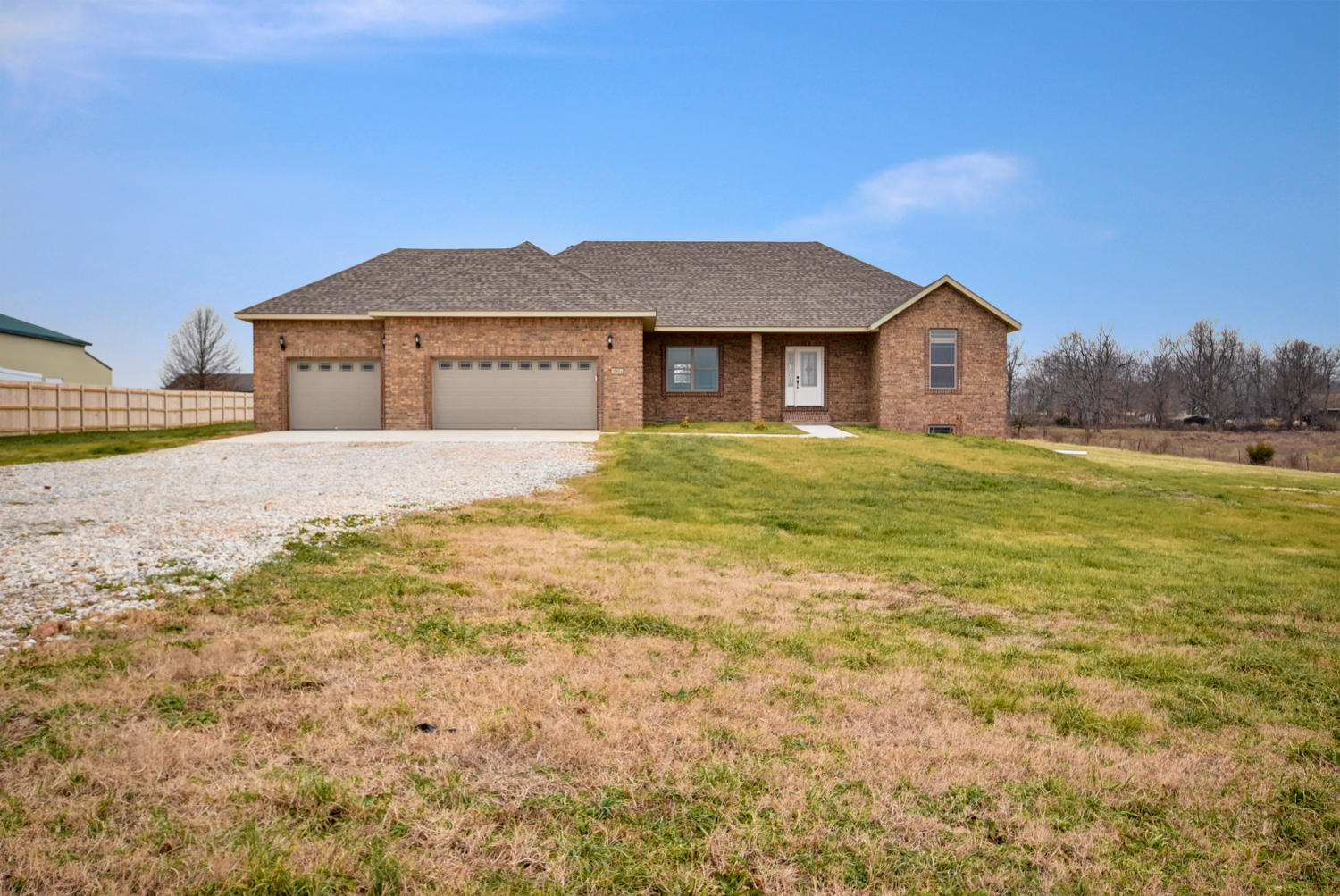 384 Lilac Lane Clever, MO 65631