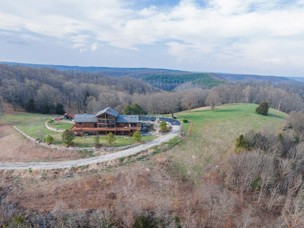 19736 State Highway Eagle Rock, MO 65641