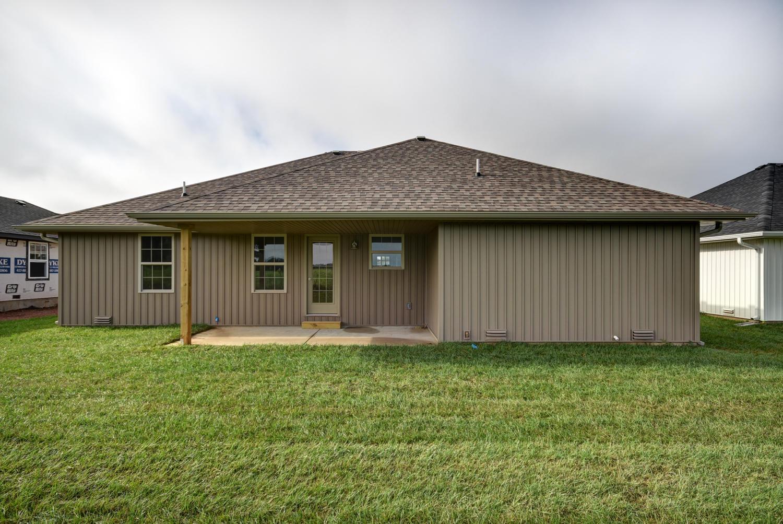 863 East Melton Road Ozark, MO 65721