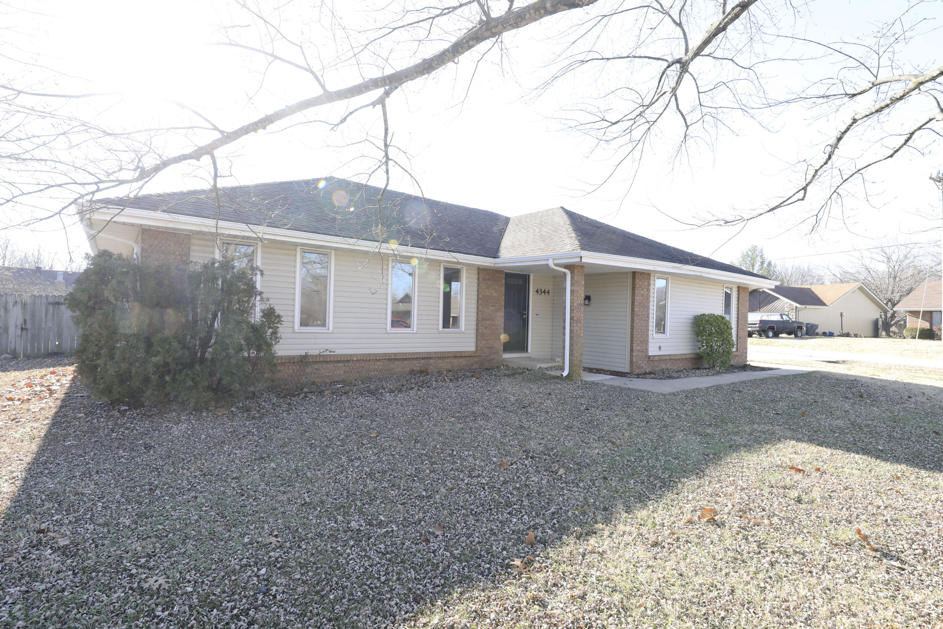 4344 West William Street Battlefield, MO 65619