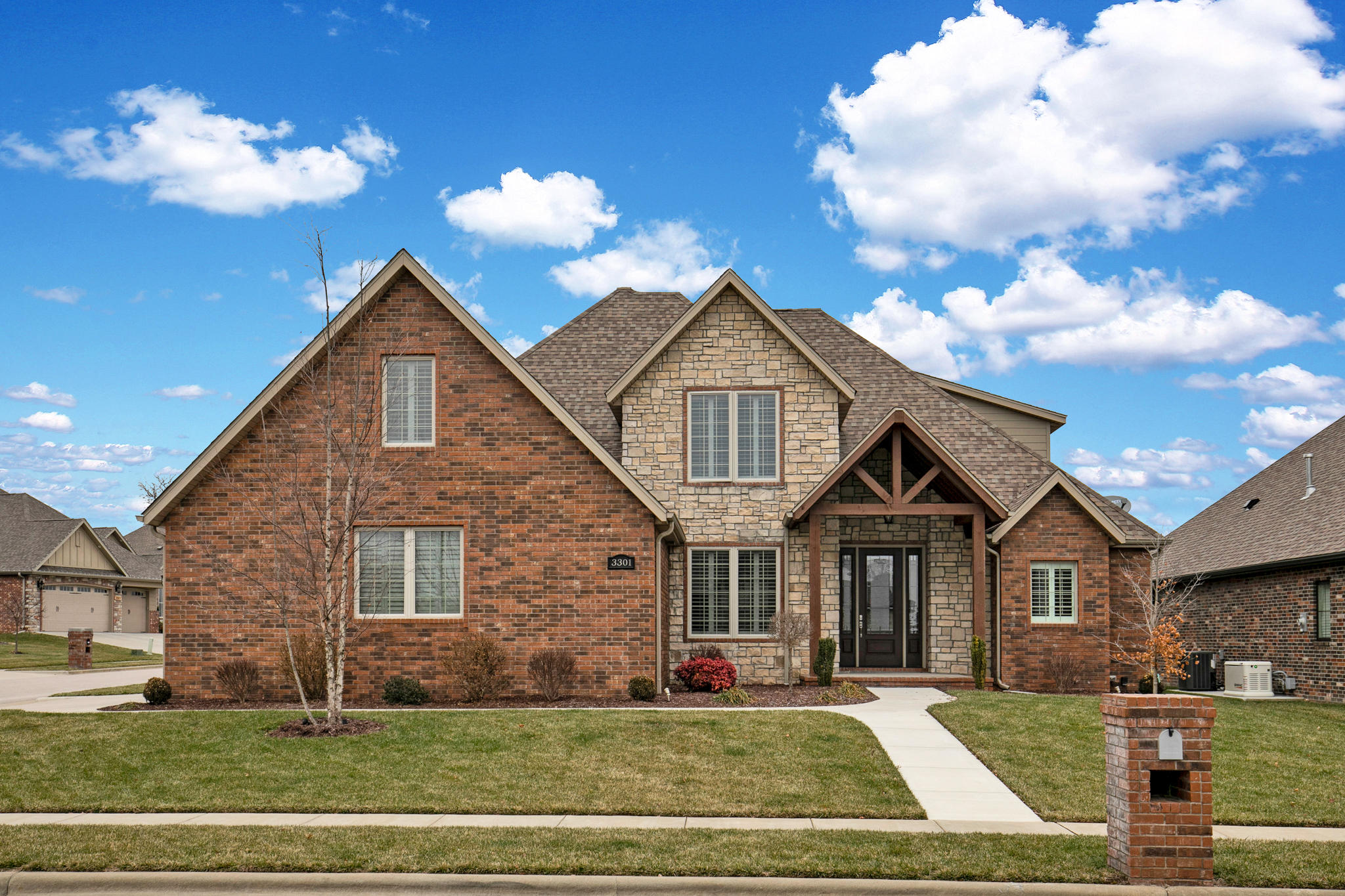 3301 East Chattanooga Court Springfield, MO 65804