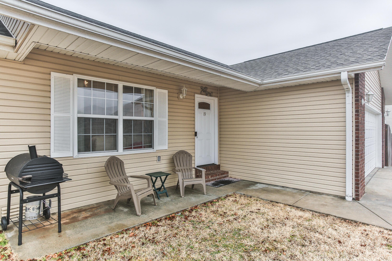 19 Zachs Court Reeds Spring, MO 65737