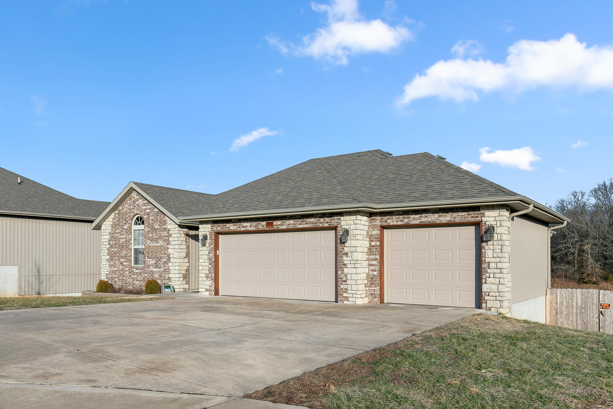 2106 South Gristmill Court Ozark, MO 65721